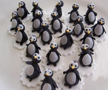 Sugarpaste Penguin Cupcake Toppers